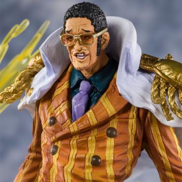 One Piece - Figurine Amiral...