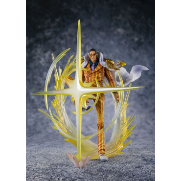 One Piece - Figurine Amiral...