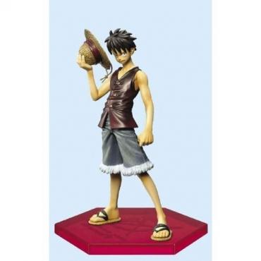 One Piece - Figurine Luffy DX Family