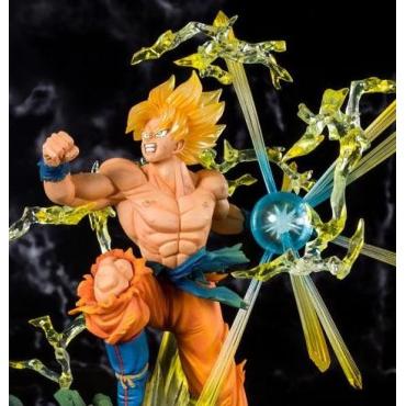 Dragon Ball Z - Figurine Son Goku Super Saiyan Figuarts Zero